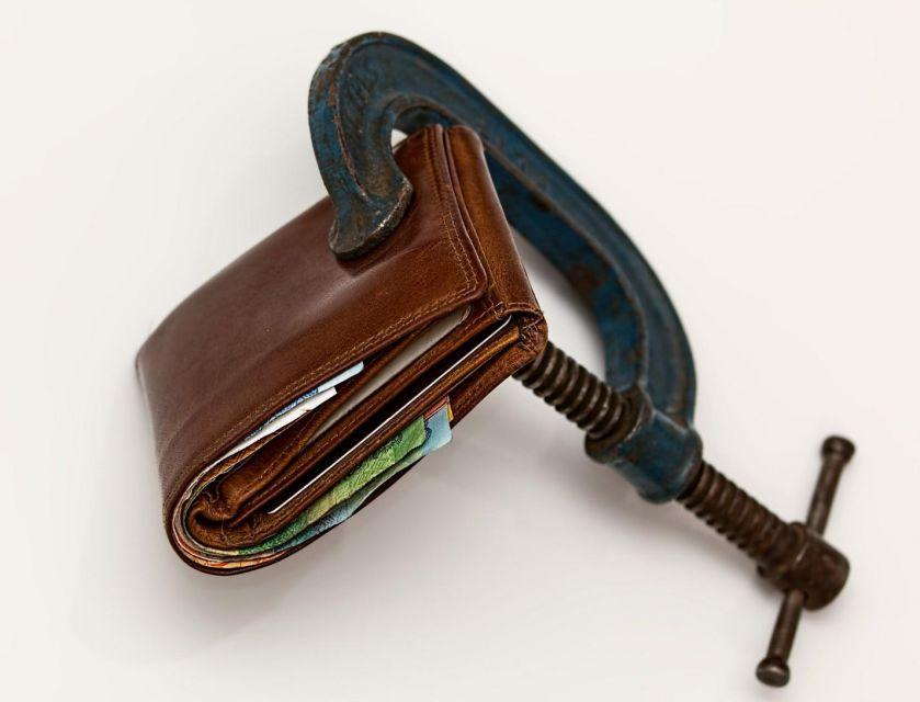 Как объявить себя банкротом без обращения в суд