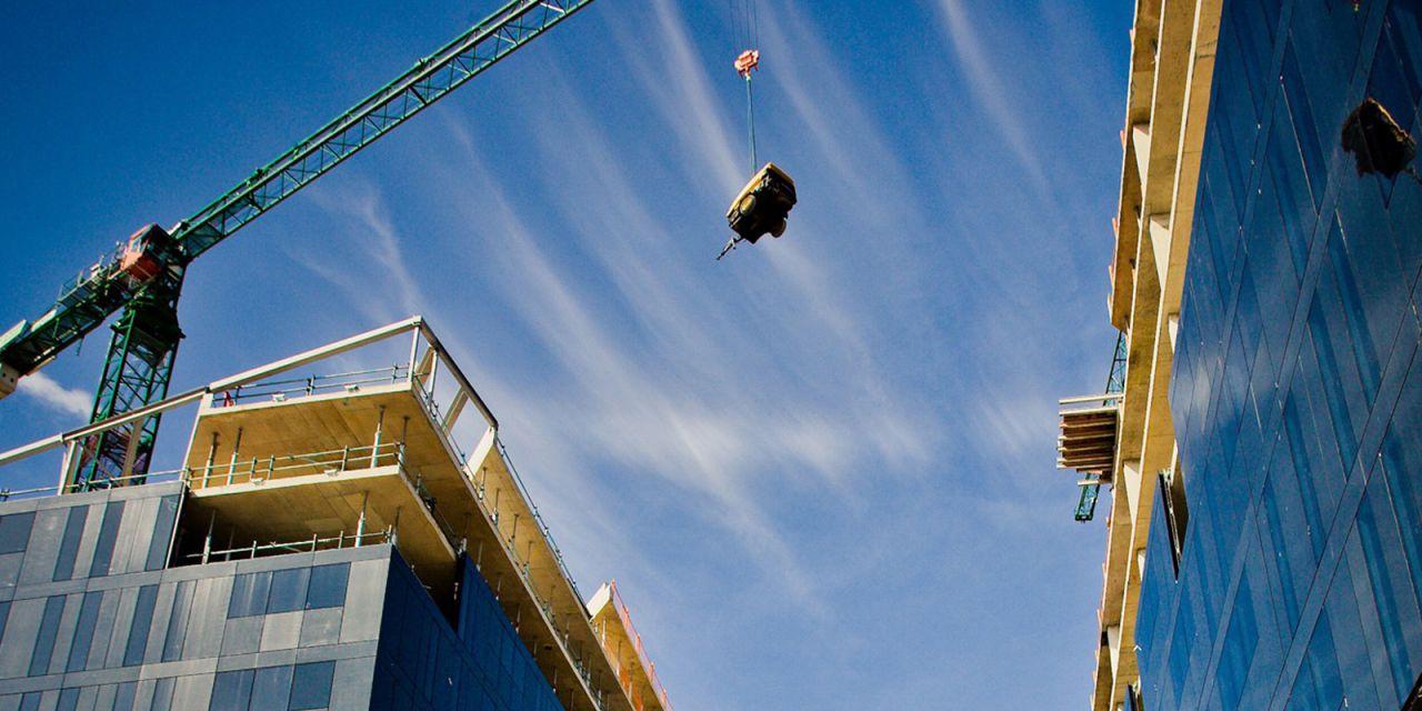 Вопросы, связанные с объектами недвижимого имущества (договора долевого участия, права и обязанности при проведении ремонта квартиры, строительстве дома)